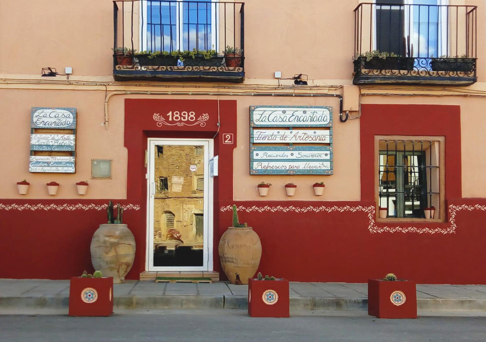 Artesanía, pintura y escultura en Belchite